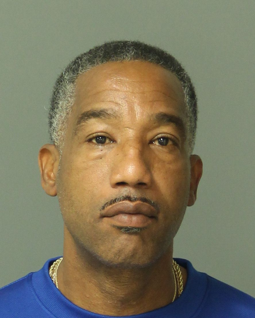 CEDRIC EARL BELL Mugshot / County Arrests / Wake County Arrests