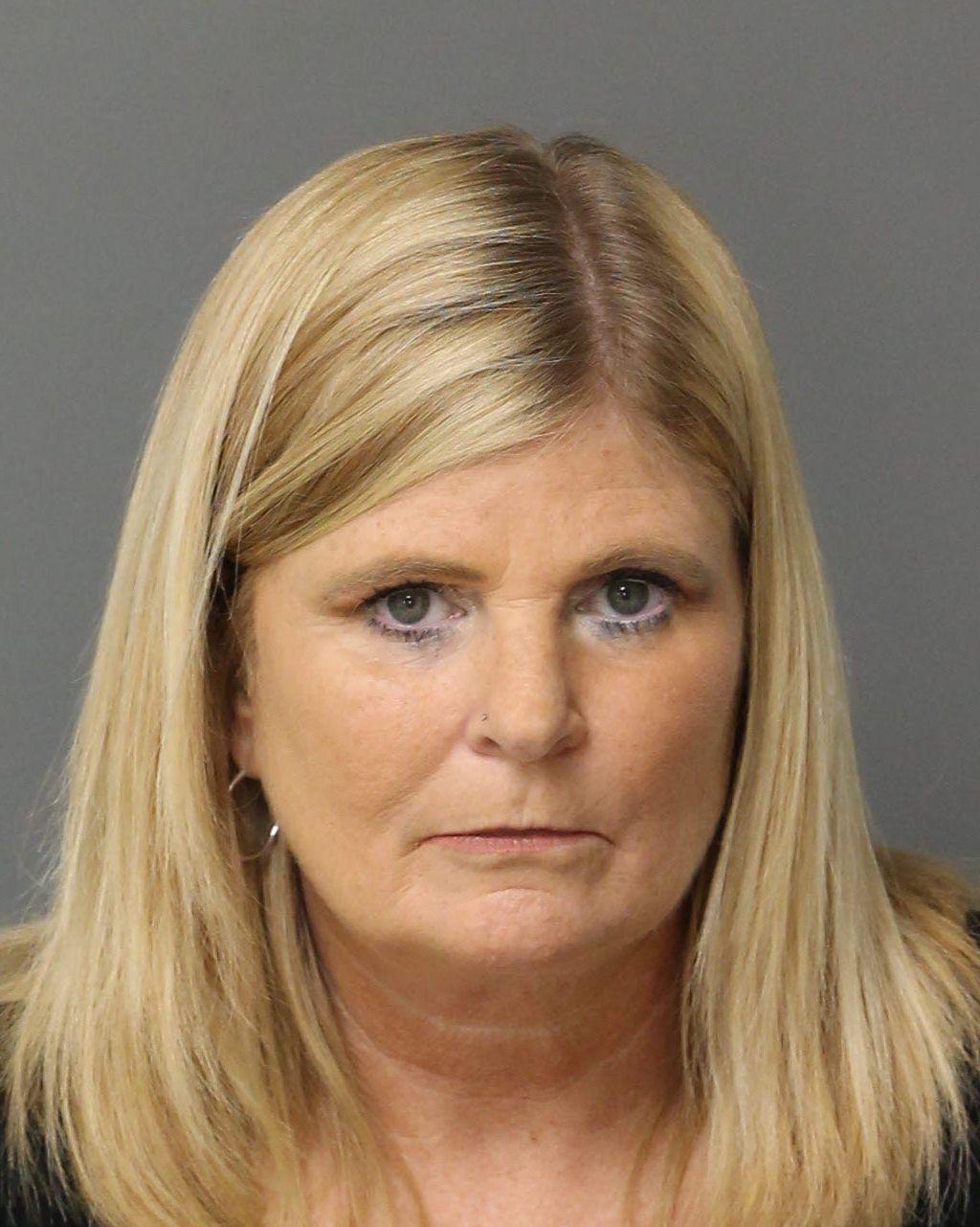 HUTCHENS KRISTI MICHELLE Mugshot / County Arrests / Wake County Arrests